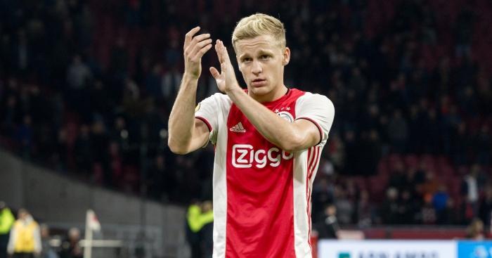 Van De Beek Menolak Untuk Pindah Ke Manchester United Pada bulan Januari